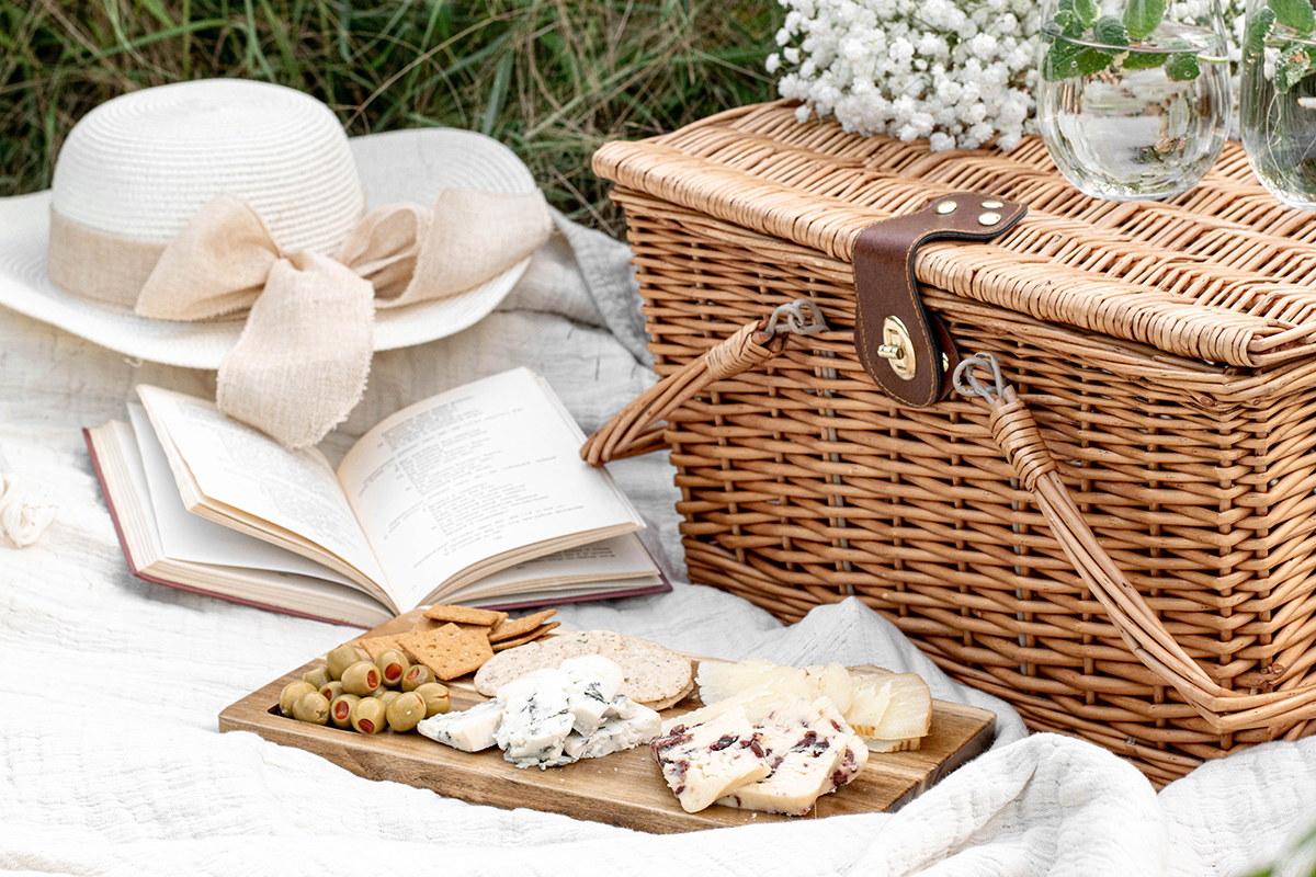 Hampers and picnics